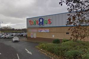 oldbury toys r us faces demolition to make way for new shopping development