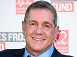 supermarket sweep star dale winton died of natural causes says coroner