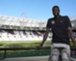 kouyate hopes for 'an unbelievable season' with crystal palace