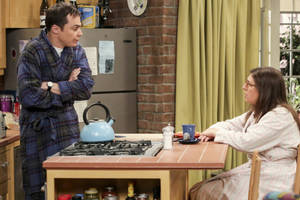 'big bang theory': cbs and warner bros in 'preliminary discussions to renew' sitcom