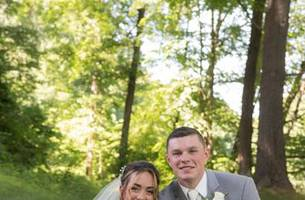 uconn's mascot becomes part of wedding party