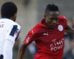 ahmed musa treated to 'amazing reception' by al nassr fans