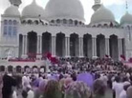 Thousands of Muslims in China protest against government's decision to demolish a huge new mosque