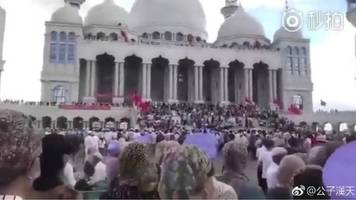 China mosque demolition sparks stand-off in Ningxia