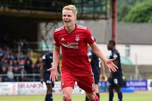 dundee 0 aberdeen 1 as gary mackay-steven's late penalty secures dons first league win of season