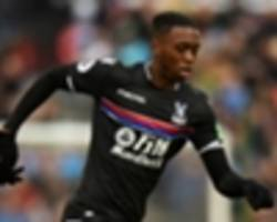 aaron wan-bissaka earns roy hodgson's praise after crystal palace's win