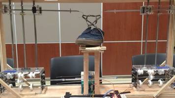 Students Build Shoelace-Tying Robot for $600
