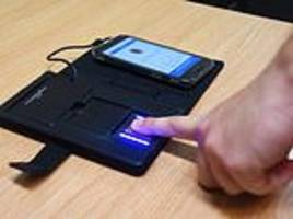 fingerprint device will allow police to scan suspects in less than a minute