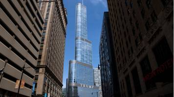 Illinois sues Trump Tower over Chicago River water use