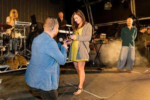 scunthorpe man shocks his girlfriend by proposing to her on stage at festival
