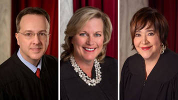 West Virginia votes to impeach state Supreme Court justices