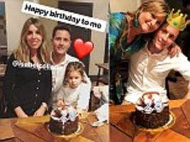 ander herrera hopes to earn new manchester united deal as he celebrates 29th birthday with family