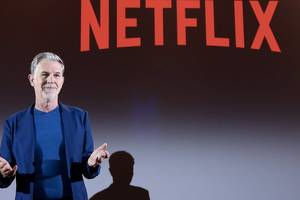 Netflix sinks to its lowest level in more than 3 months (NFLX)