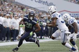 Seahawks running back Penny has surgery on broken finger