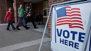 how young hispanics may have the deciding vote in future elections