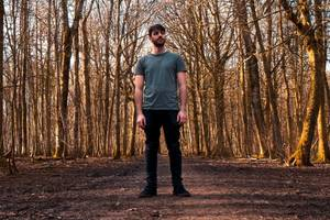 premiere: inwards ft. dave morgan - 'diesel' (small pond session)