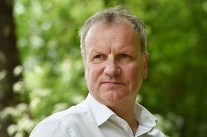 pete wishart mp praises daily record campaign against ticket touts as ticketmaster announce closure of resale sites