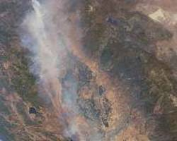 Carbon Monoxide from California Wildfires Drifts East