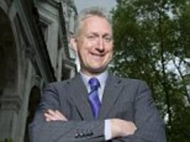 Ex-MP Lembit Opik is STRIPPED of parliamentary pass after 'breaking rules in Commons bar'
