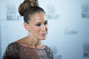 paramount claims rights to sarah jessica parker's 'here and now'