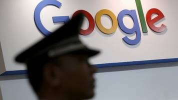Google employees criticise 'censored China search engine'