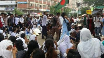 how women impacted the bangladeshi student movement for safe roads