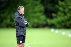 watch our leicester city press conference verdict as claude puel laughs off sack speculation