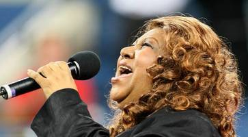 tributes to queen of soul, aretha franklin, 'the voice that inspired america'