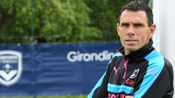 Bordeaux suspend boss Poyet after criticism of club