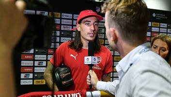 Arsenal Twitter Claims to Know the Secret Behind Hector Bellerin's Poor Form