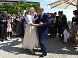 russian leader cruises into vineyard wedding of austria's pro-moscow foreign minister