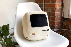 Hug your old Mac with these retro pillows