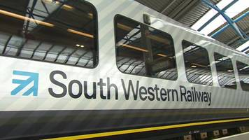south western railway workers hold fifth guard strike