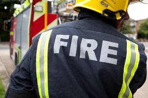 man rescued by firefighters from burning flat in mitcham dies in hospital