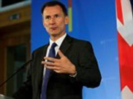 Hunt warns EU that 'messy divorce' from UK would boost Russia
