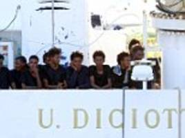 italy threatens to withdraw eu cash unless others distribute migrants