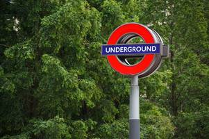 london underground delays after signal failure on tfl lines at barking and upminster