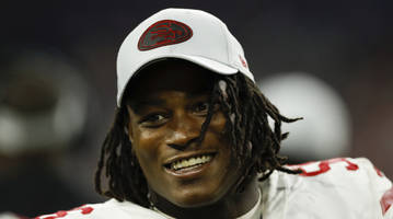 49ers' reuben foster leaves preseason game with concussion