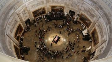 Mourners Line The Streets of DC To Honor Sen. John McCain