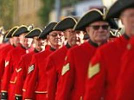 Chelsea Pensioners lead centenary parade