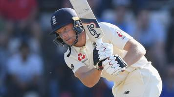 determined england build lead of 233 against india