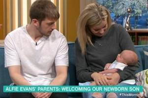 alfie evans's parents reveal newborn son thomas on this morning
