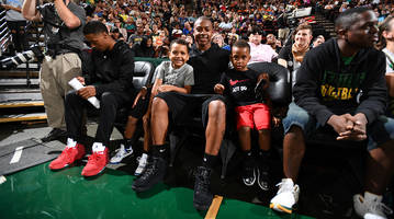 isaiah thomas: 'wnba players should be paid a lot more than they're getting right now'
