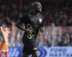 veteran striker pierre webo returns to uruguay after nacional switch