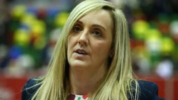 netball quad series: england head coach tracey neville says the sport is about 1% margins