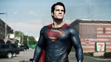 Henry Cavill to Stay Grounded, When the Flash Will Run & More DC Movie News