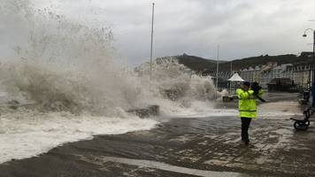 Storm Helene: Met Office issues 'yellow' alert in Wales