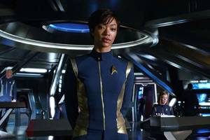 cbs now lets all access users download star trek: discovery for offline viewing on mobile