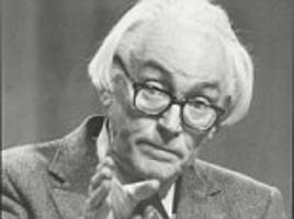 british intelligence chiefs thought former labour leader michael foot was 'a paid soviet informant'