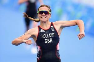vicky holland from gloucester just won the world triathlon series